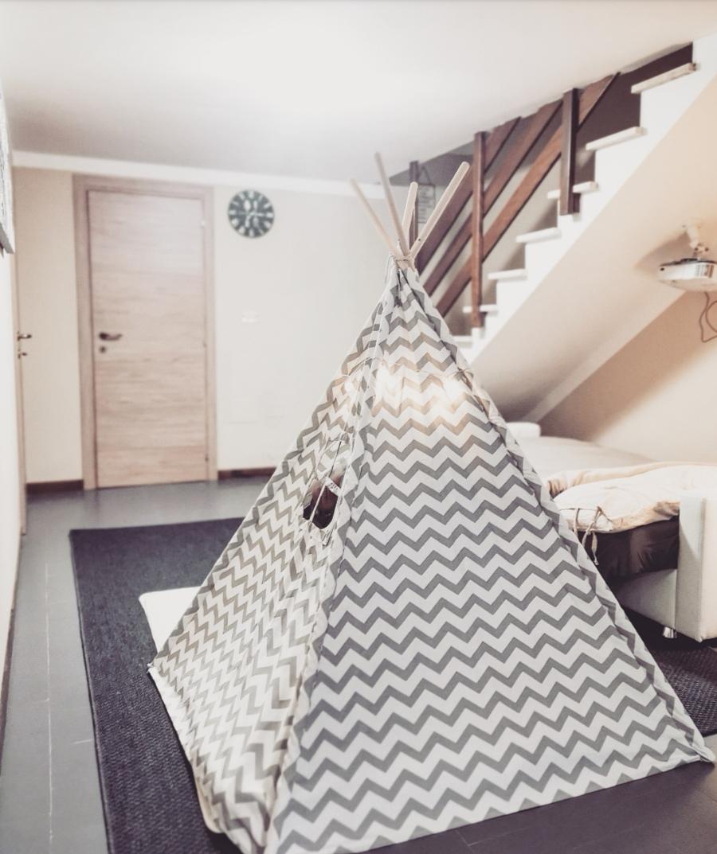 INDOOR CAMP – un campeggio alternativo