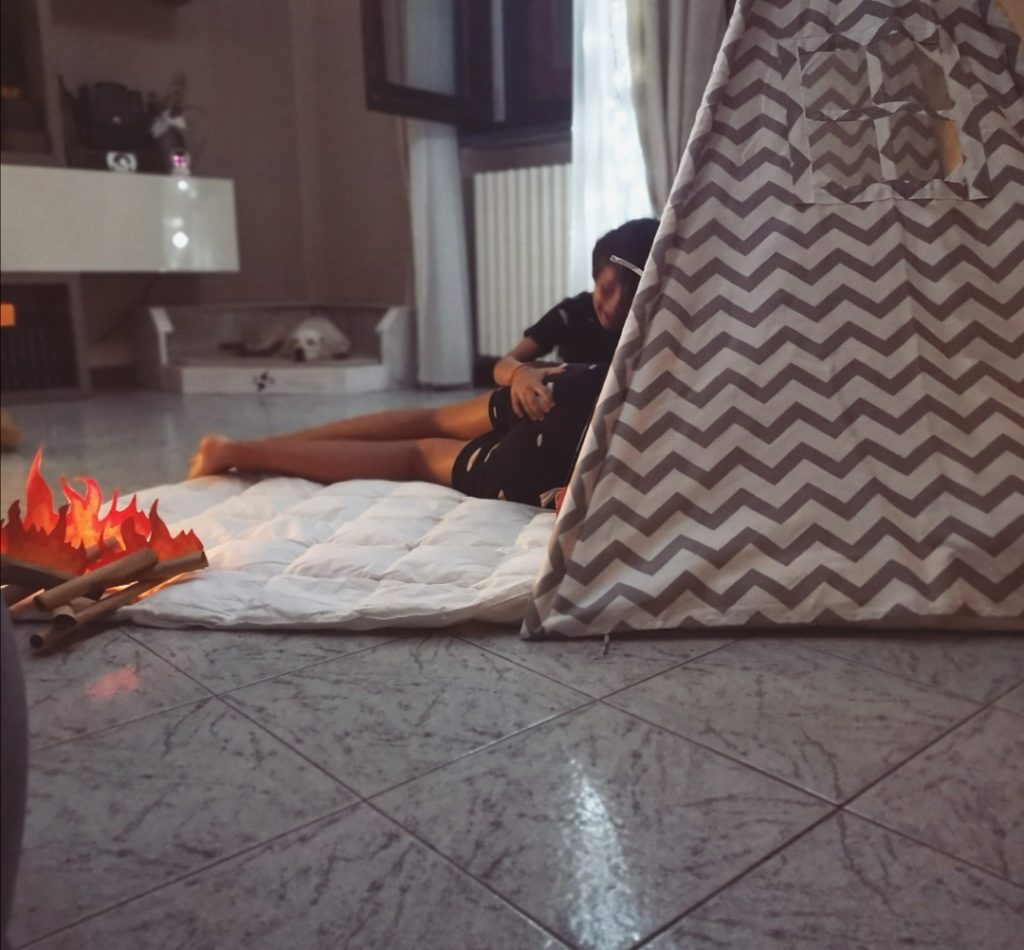 fratelli giochidacasa campeggio indoor fuoco famiglia weekend