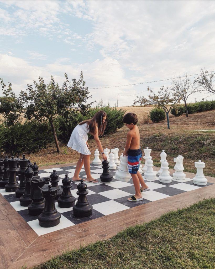 borgosolario agriturismo umbria castiglionedelago vacanze relax giochiallaperto scacchi boboli