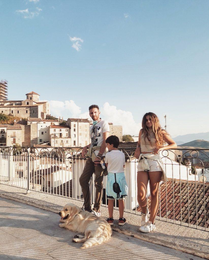 travelfamily sdressedmom viaggi weekend estate viagginfamiglia famiglia travel italia casteldelmonte