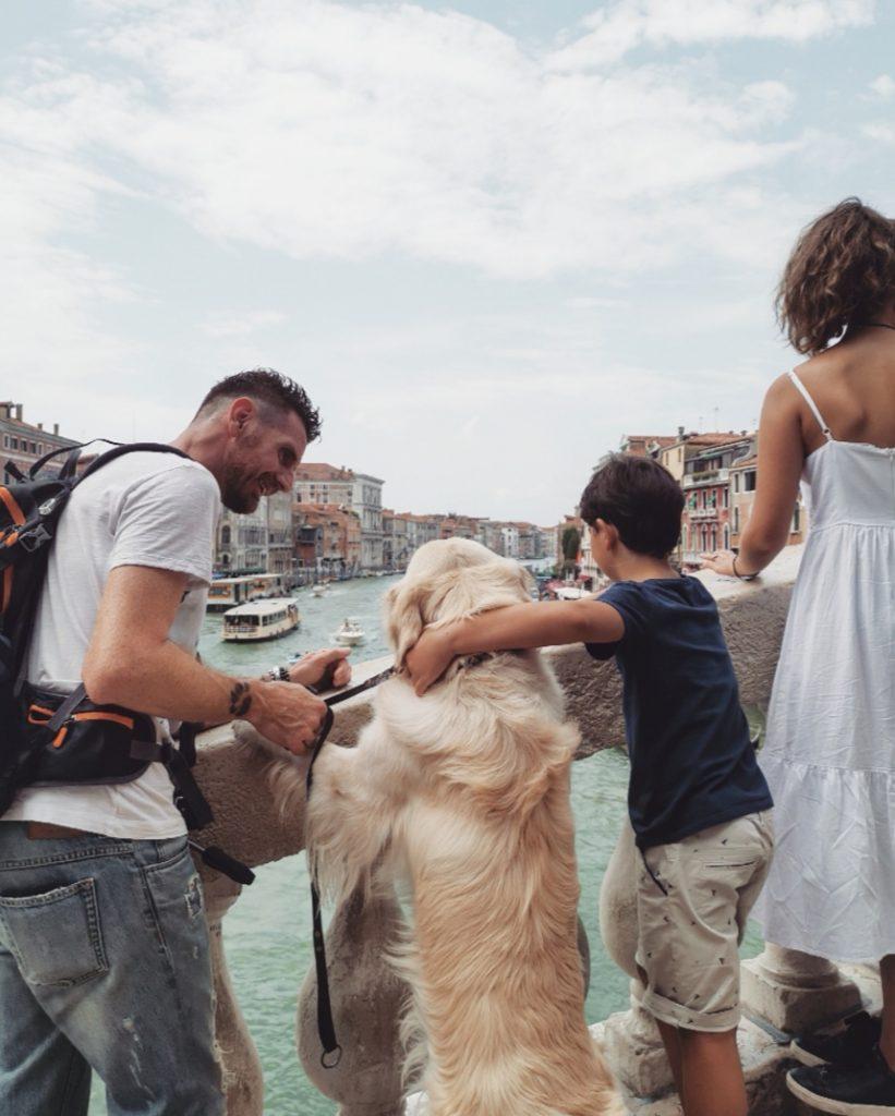 cane in vacanza a venezia, pet friendly , viaggi di famiglia, rialto